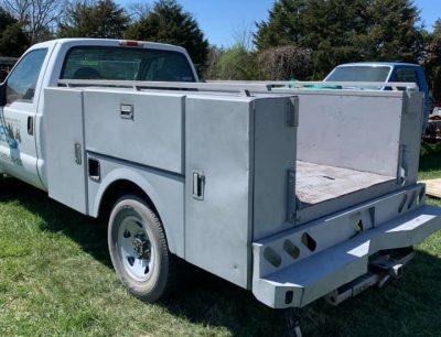 utility-truck-body-blasted-clean-400x306 (1)